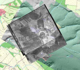 QGIS-Ansicht des westlichen Ettersbergs bei Weimar mit georeferenzierter Anordnung der digitalen topographischen Karte, des digitalen Geländemodells und historischer Luftbilder mit eigenen Zeichenebenen. (Geodaten Geoportal Thüringen)